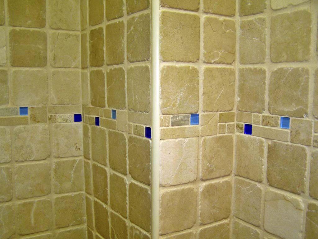 Ba os de marmol envejecido revestimientos para ba os con - Marmol para banos ...