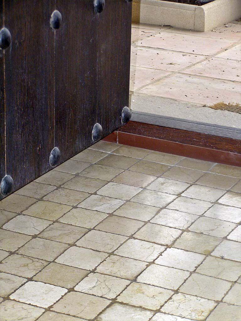Decoraci n con m rmol suelos con marmol envejecido for Marmol para suelos