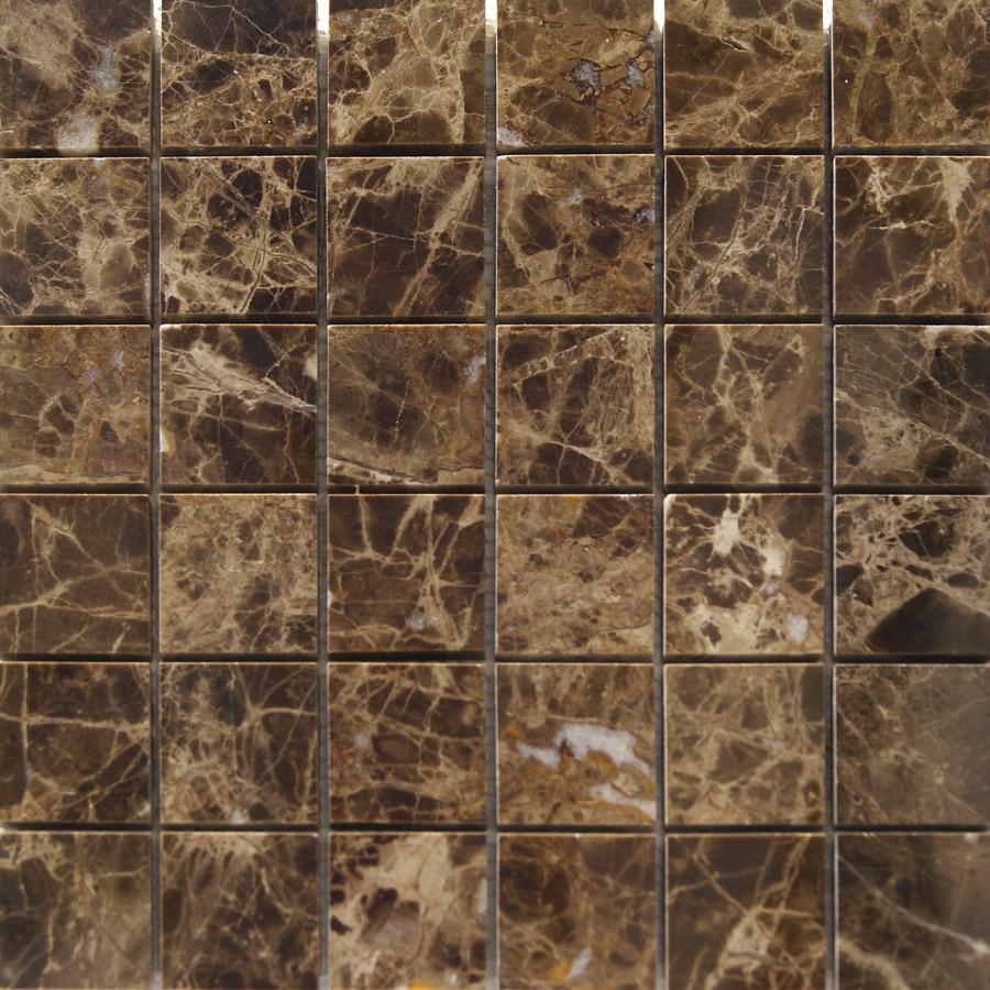 Gresite en ba os arquitectura dise o con mosaico marron for Marmol marron emperador