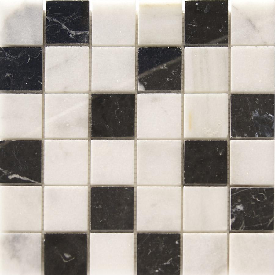 Duchas de obra en marmol gresite de marmol blanco macael for Marmol negro y blanco