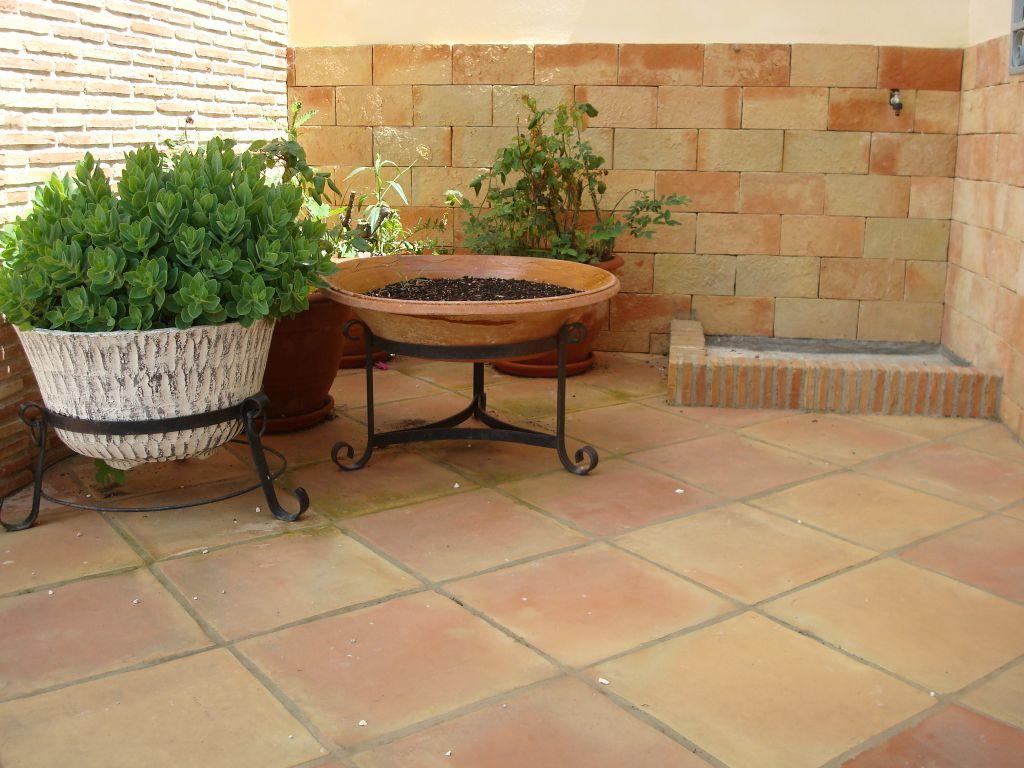 Suelos rusticos exterior good un suelo clsico las losas - Losas para exterior ...