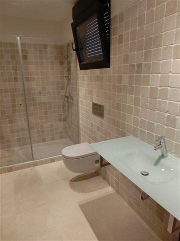 Marmol crema marfil baldosas de marmol suelo de marmol for Marmol color blanco